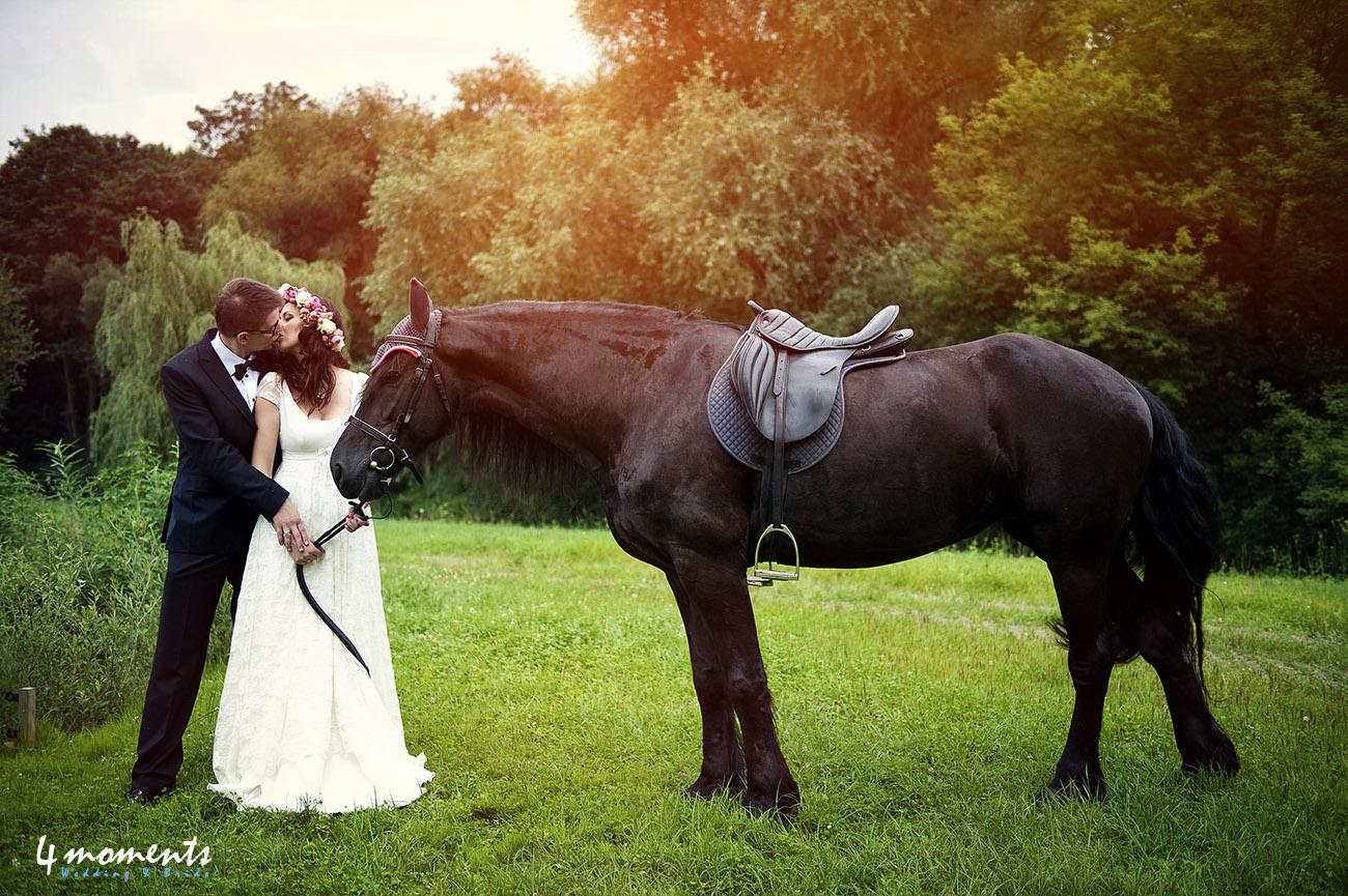 Na głowie kwietny ma wianek | Kinga i Marcin | – plener ślubny – zapowiedź.