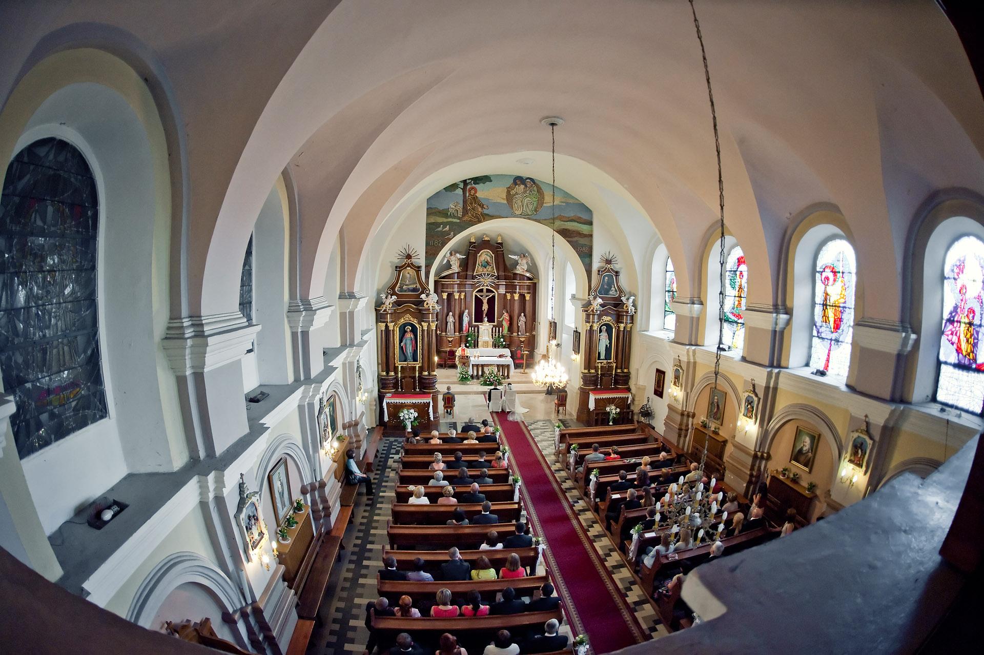 Polskie Kościoły |Kościół pw. Świętego Franciszka z Asyżu | Brzeziny