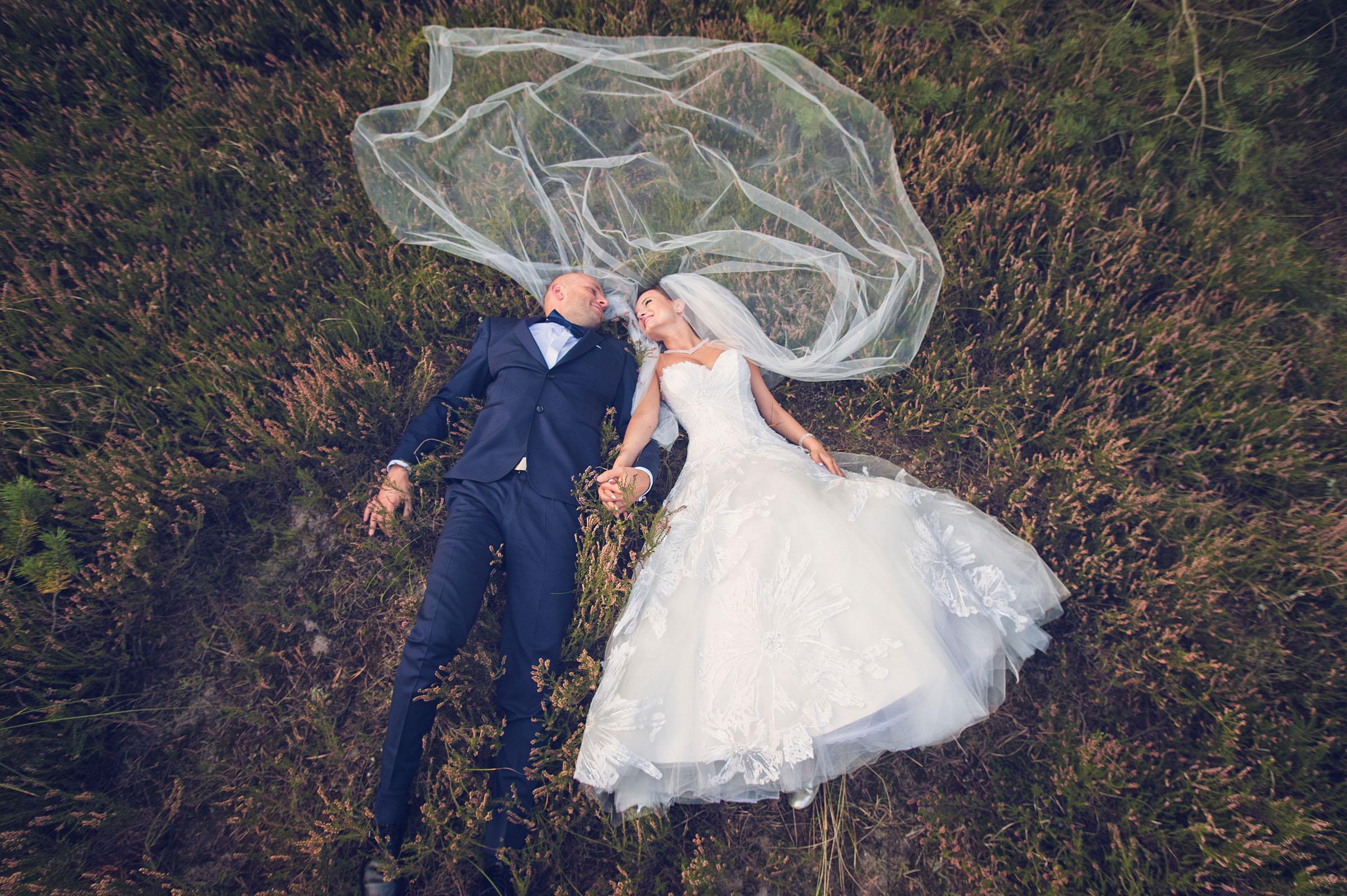 Plener ślubny nad morzem | Łeba | zdjęcia ślubne | Hotel Filmar Toruń